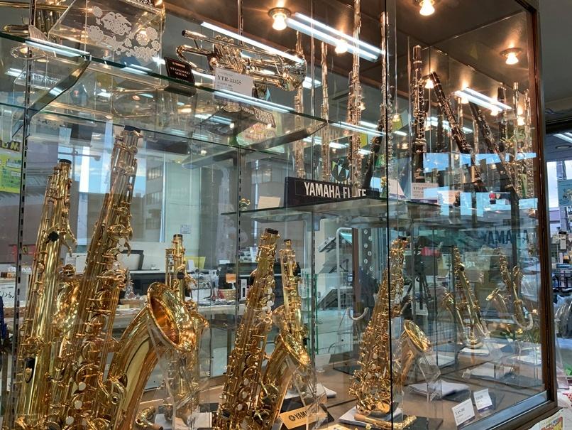 管楽器売り場